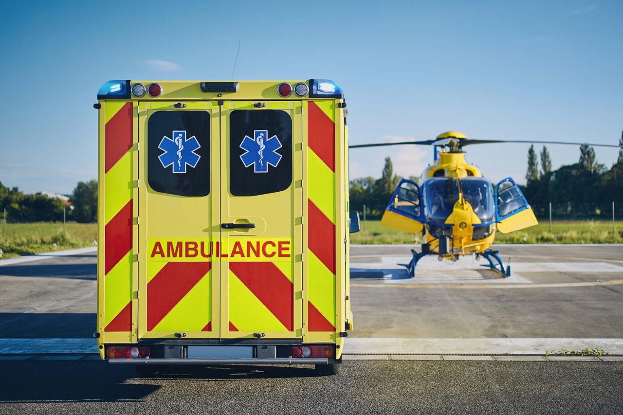 emergency-medical-service-CXS49BR